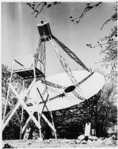 L'antenna parabolica di 9 metri costruita da G. Reber